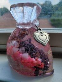 love resin mojo bag